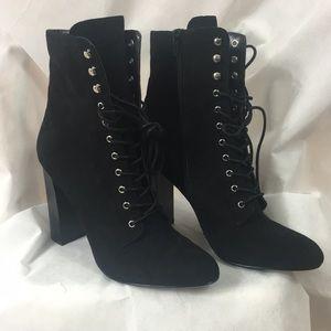 Steve Madden New black boot size 10